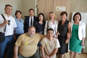 036 Part Of Czech Team With Mongolian Colleagues